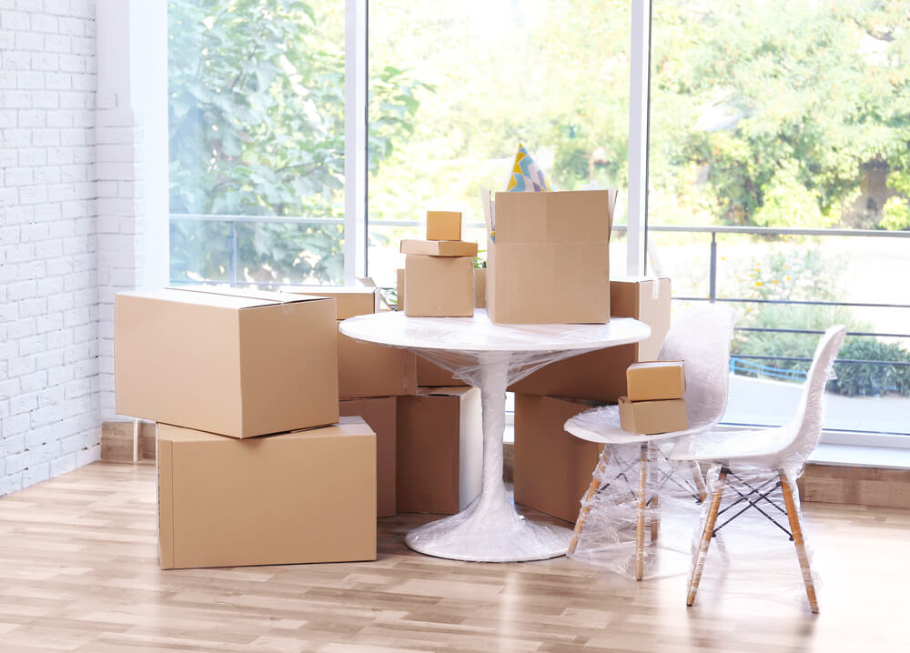 How to Pack a Dining Room Table