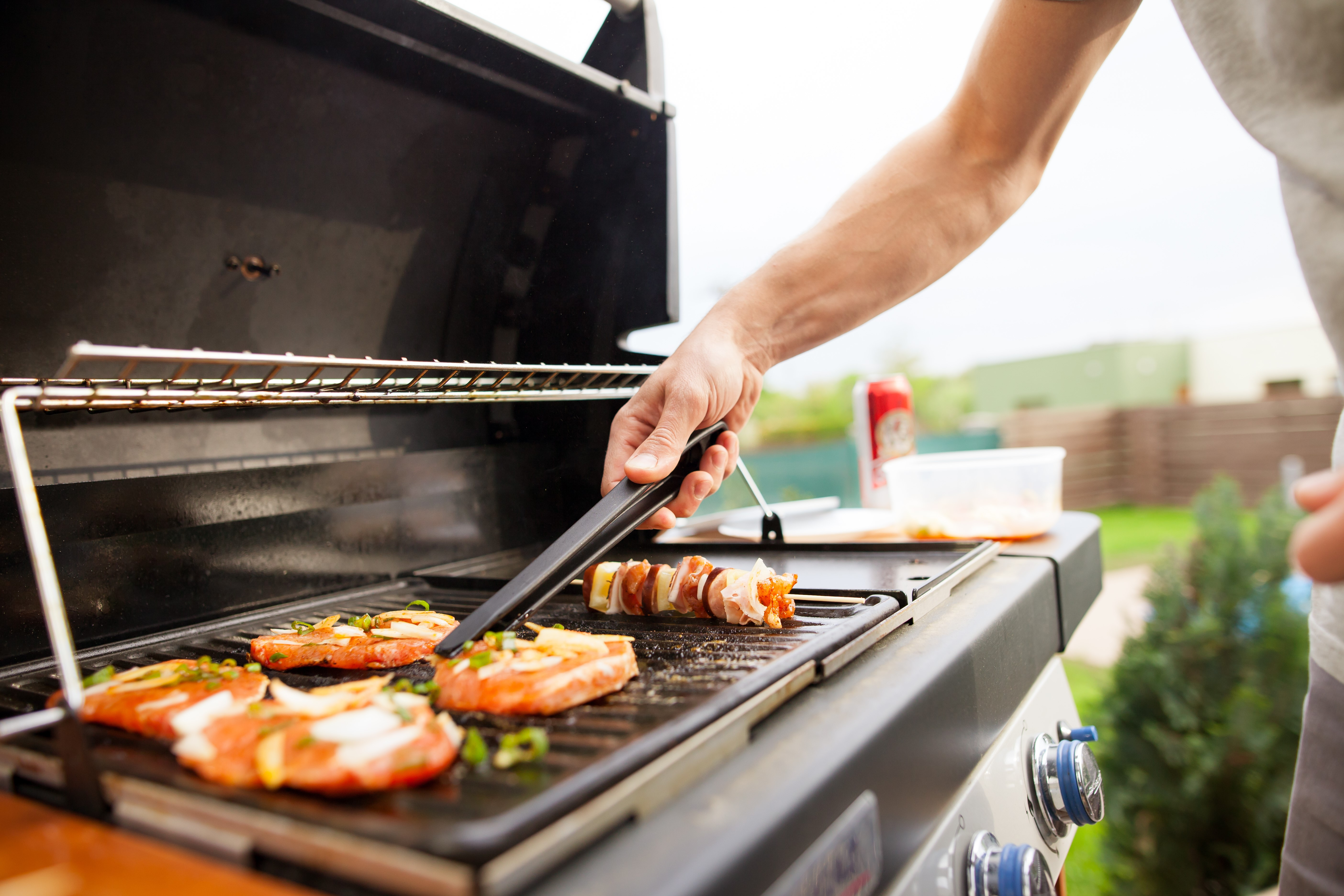 What to use to Clean Stainless Steel Grills